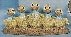 "Ducks in a Row 8.5""L"