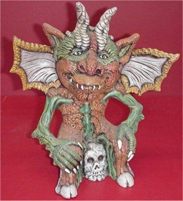 """Gargoyle & Skull 13""""t. unpainted"""