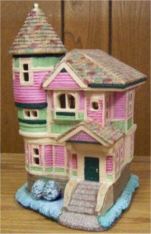 """Petro Queen Anne House 10.5""""x6""""x 5'"""