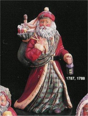 """Scottish Santa 10.5""""T"""
